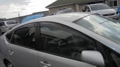 Ветровик двери Toyota PRIUS