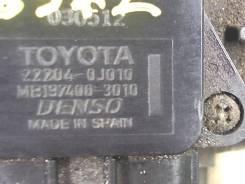 Измеритель потока воздуха (расходомер) Toyota Avensis 2 2003-2008
