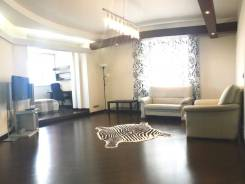 3-комнатная, улица Авроровская 17. Центр, 140 кв.м. Комната