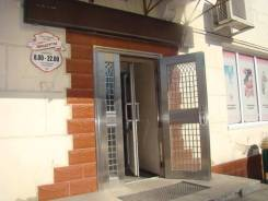 Продам торговое помещение. Шоссе Владивостокское 24, р-н Сах. поселок, 150 кв.м.