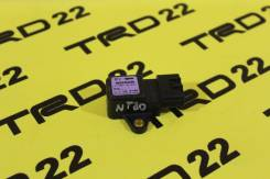 Датчик замедления. Nissan X-Trail, NT30, PNT30, T30 Двигатели: QR20DE, QR25DE, SR20VET, YD22ETI