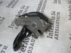 Педаль ручника. Volkswagen Touareg