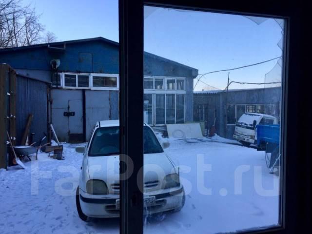 Сдаю в аренду холодное помещение под склад или производство. 84,0кв.м., улица Проселочная 4а, р-н Снеговая. Вид из окна