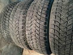 Michelin X-Ice 3. Зимние, шипованные, износ: 10%, 4 шт
