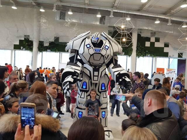 """Трехметровый! шоу-робот """"RoboTop"""" - круче Трансформеров!"""