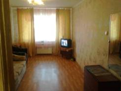 2-комнатная, улица Дружбы 10. Славянка, 43 кв.м. Комната