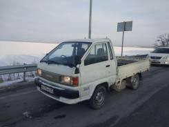 Toyota Town Ace. Полная пошлина, бензин коробка, 1 500 куб. см., 1 000 кг.
