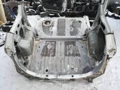 Задняя часть автомобиля. Toyota Wish, ANE10, ANE10G, ANE11, ANE11W, ANE12