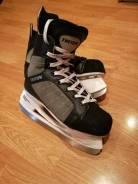 Коньки. размер: 40, хоккейные коньки