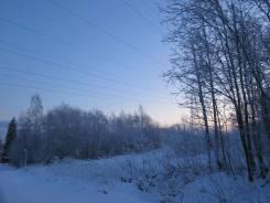Продаю участок в Лесколово, д. Екатериновка. 600кв.м., собственность, электричество, вода