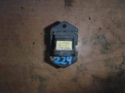 Резистор вентилятора радиатора Nissan Almera G15