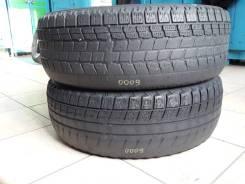 Bridgestone Blizzak WS-50. Зимние, без шипов, износ: 70%, 2 шт