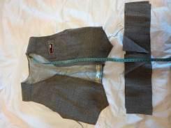 Для умеющих шить раскроен и частично сшит брючный костюм на девочку