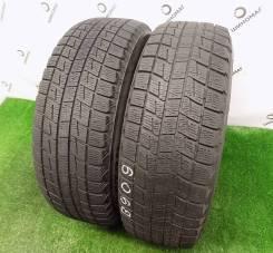 Bridgestone ST30. Зимние, без шипов, 2011 год, износ: 30%, 2 шт