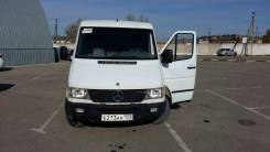 Mercedes-Benz Sprinter 208 D. Продам мерседес спринтер, 2 300 куб. см., 3 места