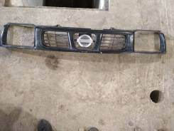 Решетка радиатора. Nissan Datsun, LRMD22, RMD22