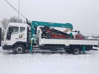 Daewoo Novus. Бортовой грузовой 4x2 c КМУ HKTS HLC 7016L, 5 889 куб. см., 7 000 кг.