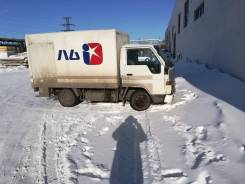Toyota Hiace. Продаётся грузовик Toyota Haice, 2 400 куб. см., 1 500 кг.