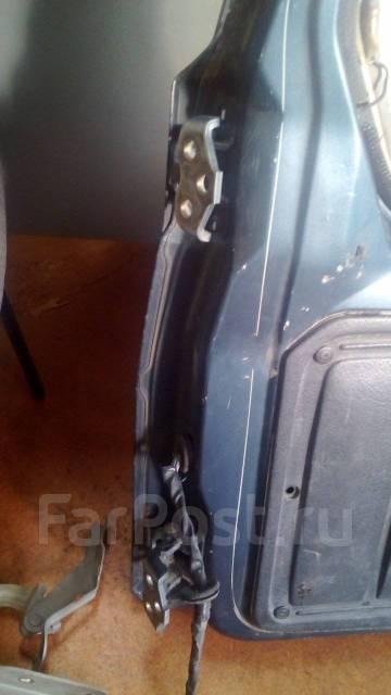Дверь багажника. Suzuki Escudo, TA01W Двигатель G16A