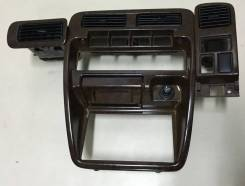 Консоль панели приборов. Nissan Terrano, WHYD21, VBYD21, WBYD21, WD21, LBYD21