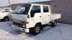 Toyota Hiace. Toyota HiAce 4WD, двухкабинник+ борт 1,5 тонны, 2 400 куб. см., 1 500 кг.