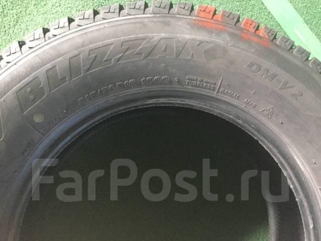 Bridgestone Blizzak DM-V2. Зимние, без шипов, 2012 год, износ: 10%, 2 шт