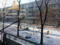 2-комнатная, улица Крылова 41. Сахзавод, агентство, 47 кв.м. Вид из окна днём