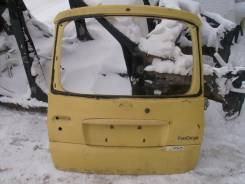 Накладка на дверь багажника. Toyota Funcargo, NCP25, NCP21, NCP20 Двигатели: 2NZFE, 1NZFE