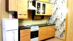2-комнатная, улица Крестьянская 75. ЦЕНТР, где старый Травмпункт, агентство, 51 кв.м. Кухня