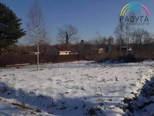 Продам участок. 1 000 кв.м., собственность, электричество, от агентства недвижимости (посредник). Фото участка