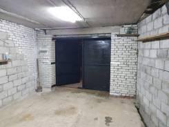 Гаражи капитальные. улица Героев Варяга 10, р-н БАМ, 34 кв.м., электричество, подвал.