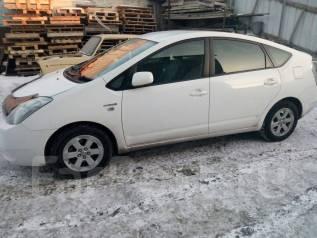 Toyota Prius. передний, 1.5 (76 л.с.), бензин, 205 000 тыс. км