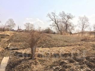 Продаётся земельный участок. 586 кв.м., собственность, электричество, вода, от агентства недвижимости (посредник). Фото участка