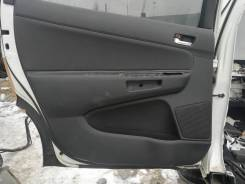 Обшивка двери. Toyota Wish, ANE10, ANE10G, ANE11W, ANE11