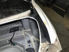 Отделка правого заднего крыла Honda Legend KB1