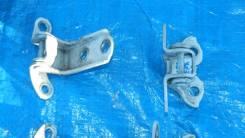 Крепление боковой двери. Toyota Belta, KSP92, NCP96, SCP92 Двигатели: 1KRFE, 2NZFE, 2SZFE