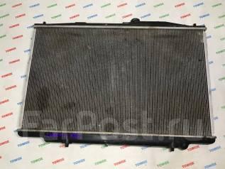 Радиатор охлаждения двигателя. Honda Legend, KB1 Двигатели: J35A, J35A8, J37A2, J37A3