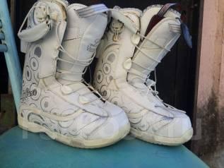 Ботинки сноубордические размер 35-36.