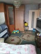 1-комнатная, улица Короленко 35. 5 км, агентство, 31 кв.м. Комната