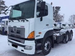 Hino 700. Седельный тягач , 2012 г. в. 4WD, 12 000 куб. см., 40 000 кг.