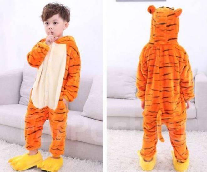 Купить пижамы–кигуруми женские размер  40 размера во Владивостоке c702f78f3dd8d