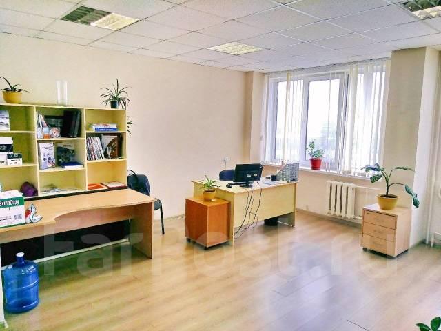 Продам офисное помещение 79 кв. м на ДСК (сдано в аренду). Улица Посадская 20, р-н Снеговая, 79 кв.м.