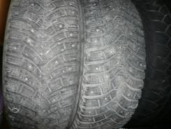 Michelin X-Ice North 2. Зимние, шипованные, 2012 год, износ: 20%, 2 шт
