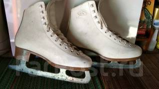 Женские коньки БУ, размер 39. размер: 39, фигурные коньки