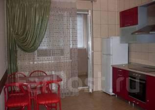 1-комнатная, улица Казбекская 13. агентство, 45 кв.м.