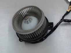Двигатель отопителя (моторчик печки) Toyota Highlander I 2001-2007