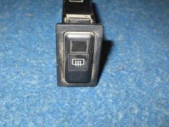 Кнопка включения обогрева. Toyota Hiace, LH113, LH113K, LH112, LH108, LH109V, LH103V, LH103, LH104, LH107G, LH105, LH107W