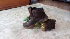 Ботинки треккинговые. 41, 42