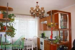 2-комнатная, улица Ульяновская 5/2. Комсомольская, агентство, 56 кв.м.