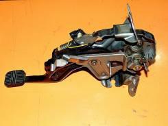 Педаль ручника. Nissan Laurel, GC35, GCC35, GNC35, HC35, SC35 Двигатели: RB20DE, RB25DE, RB25DET, RD28
